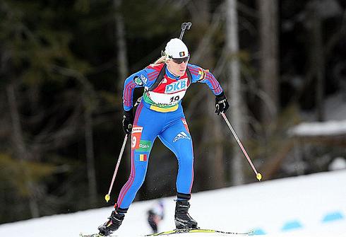 Ева Тофалви. Фото biathlon.xc-ski.de