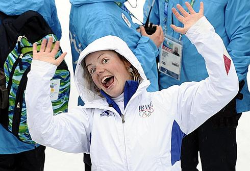 13 февраля 2010 года. Уистлер. Спринт 7,5 км. Мари Дорен - бронзовая медалистка зимних Олимпийских игр. Фото AFP