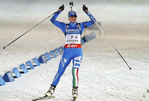 Карин ОБЕРХОФЕР приносит сборной Италии бронзу чемпионата мира-2013 в эстафете. Фото REUTERS