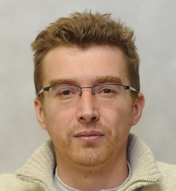 Евгений<br />АТАРОВ