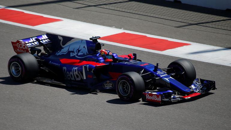 Феттель упрочил лидерство вчемпионате «Формулы-1» после Гран-при Российской Федерации