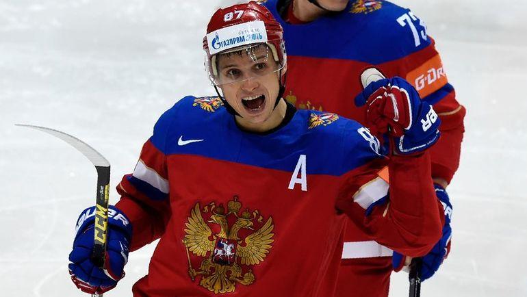 Агент: Дадонов ведет переговоры с«Вегасом» и иными клубами НХЛ