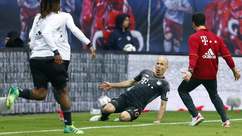 «Бавария» одолела «Лейпциг» благодаря двум мячам вкомпенсированное время