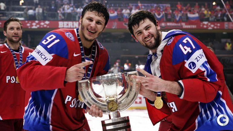 10 мая 2009 года. Берн. Финал. Россия - Канада - 2:1. Олег САПРЫКИН и Александ РАДУЛОВ с кубком.