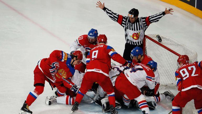 Россияне достаточно удачно действуют в большинстве на этом чемпионате. Фото AFP