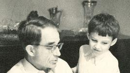 Внук Старостина, переводчик Романцева