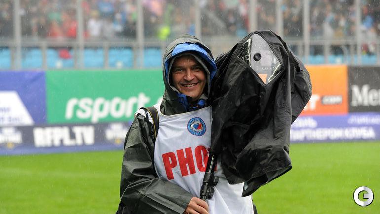 """На футбол в любую погоду! Фото Никита УСПЕНСКИЙ, """"СЭ"""""""