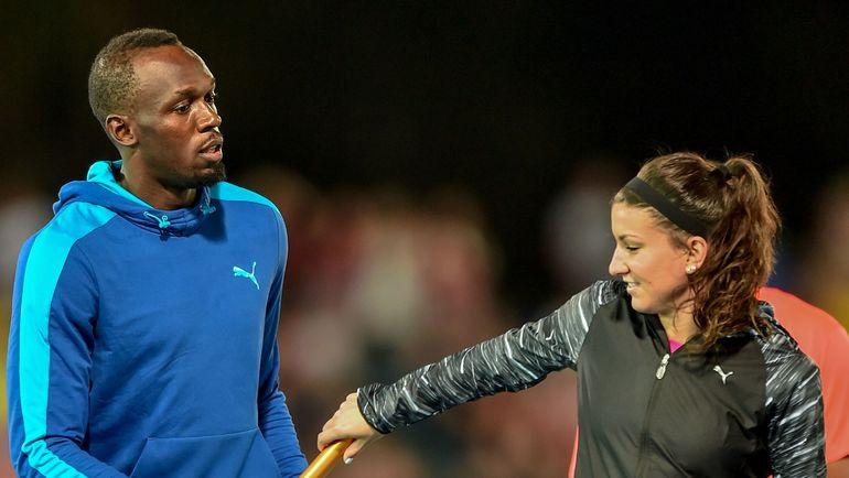 Ямайский спринтер Усэйн БОЛТ и американская бегунья Дженна ПРАНДИНИ в феврале вместе посоревновались в эстафете 4х100 м в Мельбурне. Олимпиада-2020 представит смешанную эстафету 4х400 м. Фото AFP