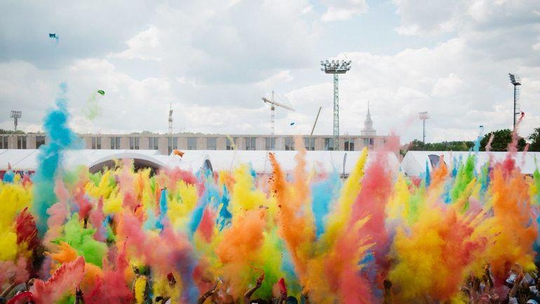В Москве прошел Красочный забег. Фото Пресс-служба Московского марафона