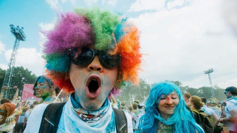 Участники Красочного забега. Фото Пресс-служба Московского марафона