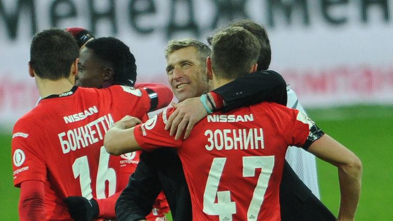 Новый тренер «Зенита» Манчини прибыл вПетербург