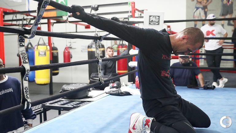 30 мая. Окснард. Тренировка Сергея КОВАЛЕВА. Фото AFP