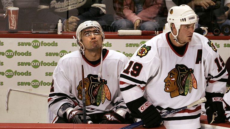 "2005 год. Павел ВОРОБЬЕВ на скамейке ""Чикаго"". Фото REUTERS"