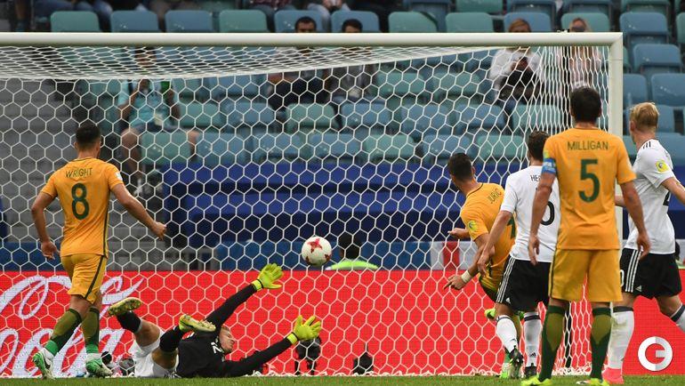 Сегодня. Сочи. Австралия - Германия - 2:3. Томи ЮРИЧ забивает гол. Фото AFP