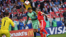 Сегодня. Москва. Россия - Португалия - 0:1. 8-я минута. Гол КРИШТИАНУ РОНАЛДУ (—7, против Федора КУДРЯШОВА).