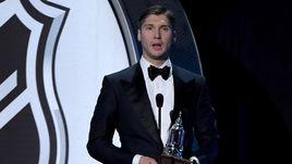 Бобровский - лучший вратарь сезона в НХЛ