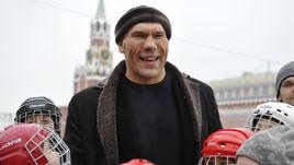 Ми-ми-ми от Валуева. Спортсмены поздравляют с Днем любви, семьи и верности