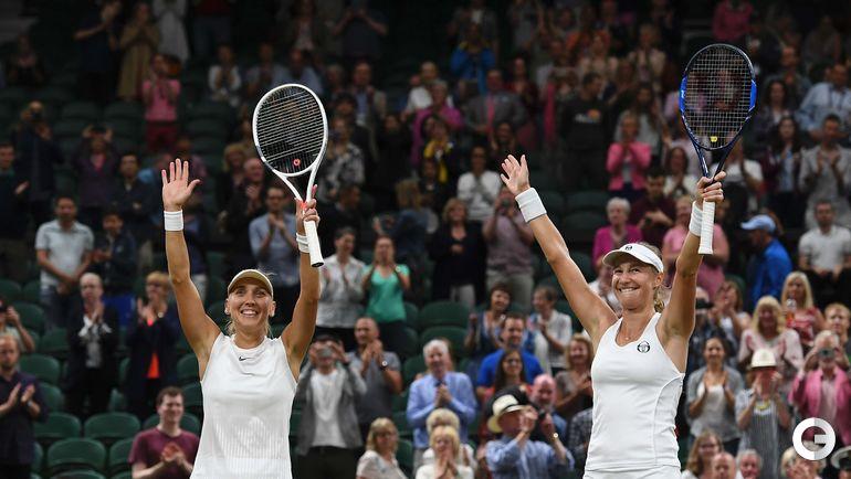 Суббота. Лондон. Елена ВЕСНИНА (слева) и Екатерина МАКАРОВА. Фото AFP