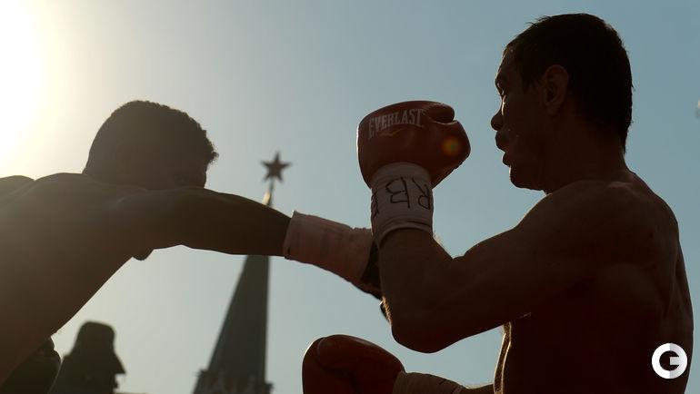 Сегодня. Москва. Вечер бокса на Красной площади.