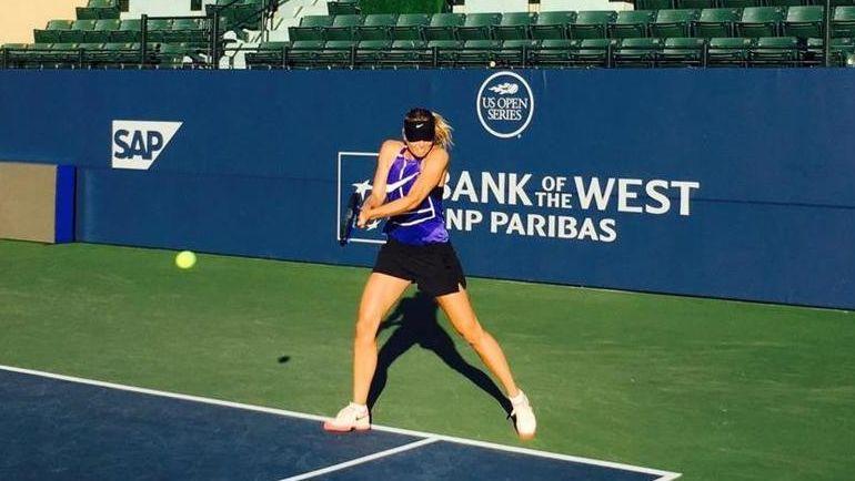 Мария ШАРАПОВА готовится вернуться на корт на турнире в Стэнфорде. Фото twitter.com/MariaSharapova