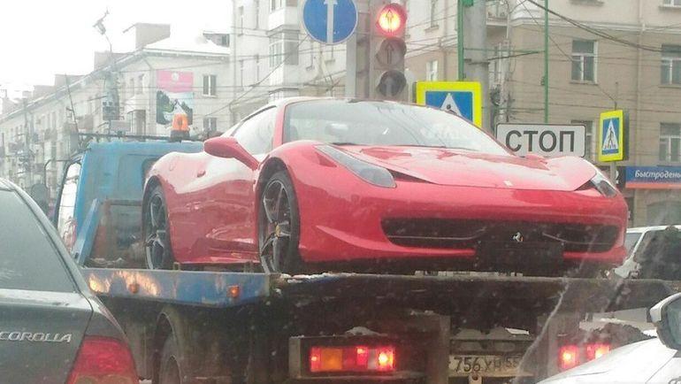 """Бывший """"Феррари"""" Дениса Куляша всегда выделялся на улицах Омска. Фото omskinform.ru"""