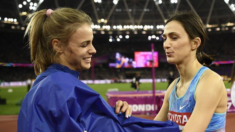 Мария ЛАСИЦКЕНЕ (справа) и Юлия ЛЕВЧЕНКО. Фото AFP