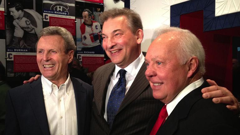 2012 год. Пол ХЕНДЕРСОН (слева) с Владиславом ТРЕТЬЯКОМ (в центре) и Иваном КУРНУАЙЕ. Фото AFP