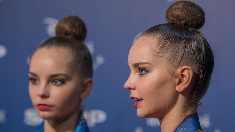 """Арина (слева) АВЕРИНА и Дина АВЕРИНА. Фото Елена СОБОЛЬ, """"СЭ"""""""