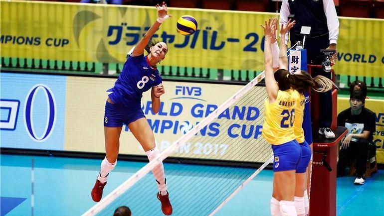 Сегодня. Токио. Россия - Бразилия - 1:3. Россиянки начали Всемирный кубок чемпионов с поражения. Фото FIVB
