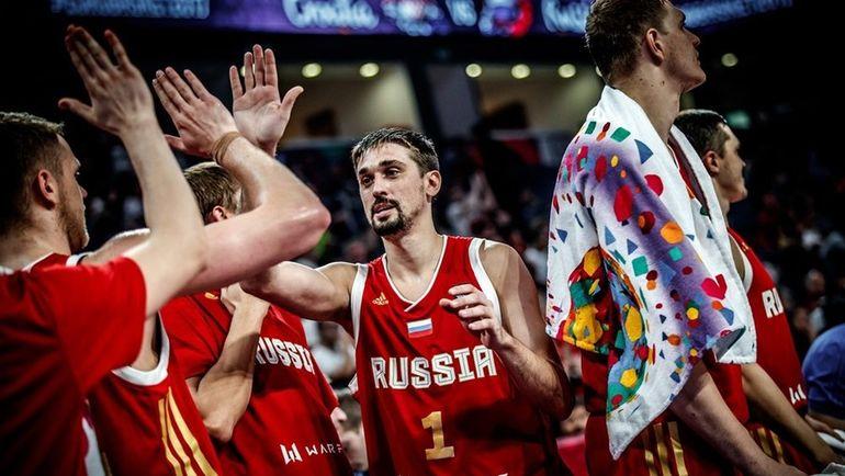 Алексей ШВЕД - один из лучших в составе сборной России на Евробаскете. Фото FIBA