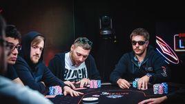 Покеристы разыграли большой куш