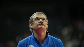 Базаревич остался в сборной России