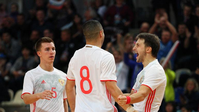 Вторник. Щелково. Россия – Португалия – 7:3. Радость россиян после победы.