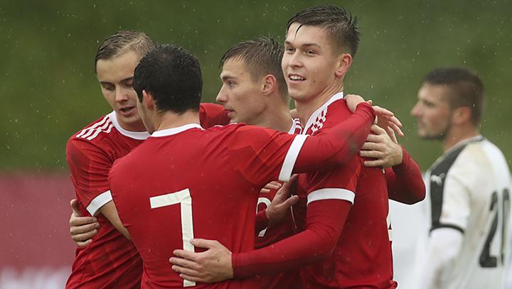 Молодежная сборная Российской Федерации обыграла Австрию ивышла напервое место вгруппе