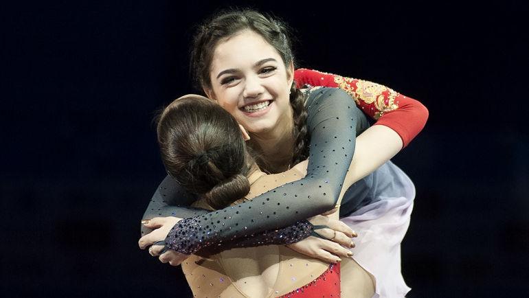 Евгения МЕДВЕДЕВА и Алина ЗАГИТОВА. Фото Ксения НУРТДИНОВА