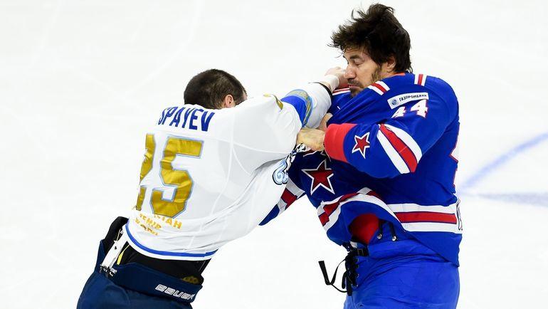 Дамир РЫСПАЕВ (слева) и Евгений АРТЮХИН. Фото photo.khl.ru