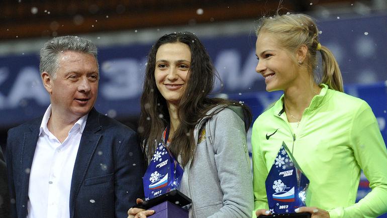 Дмитрий ШЛЯХТИН (слева), Мария КУЧИНА (в центре) и Дарья КЛИШИНА. Фото Алексей ИВАНОВ