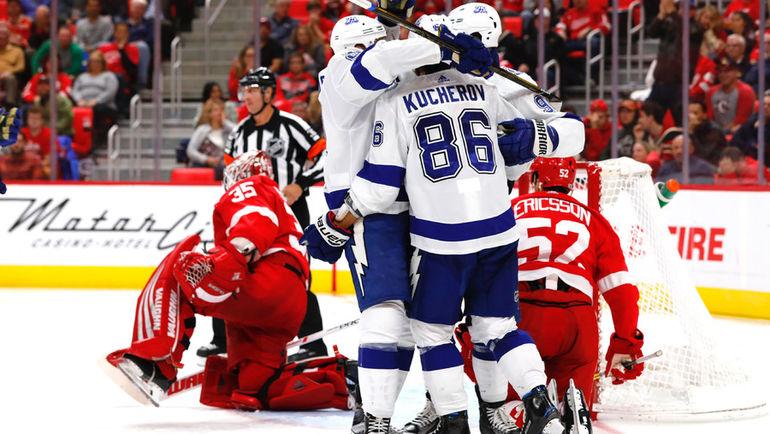 Житель россии Кучеров забил вшестом матче НХЛ подряд