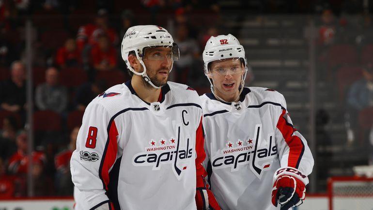 Евгений КУЗНЕЦОВ (справа) и Александр ОВЕЧКИН. Фото AFP