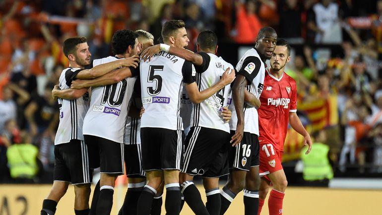 """Суббота. Валенсия. """"Валенсия"""" - """"Севилья"""" - 4:0. """"Летучие мыши"""" празднуют забитый гол. Фото AFP"""