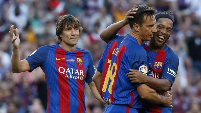 Хулио САЛИНАС (слева). Фото AFP