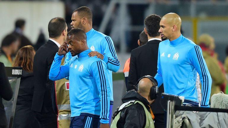 УЕФА доиюня следующего года  дисквалифицировал футболиста «Марселя» Эвра заудар болельщика