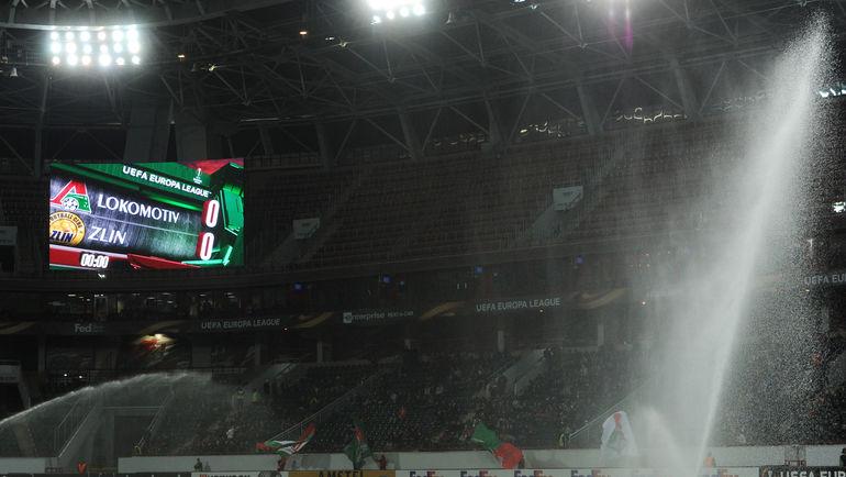 """Через два года на стадионе """"Локомотива"""" может появиться крыша. Фото Александр ФЕДОРОВ, """"СЭ"""""""
