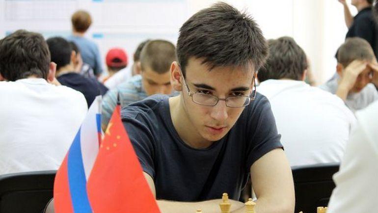 Юрий ЕЛИСЕЕВ.