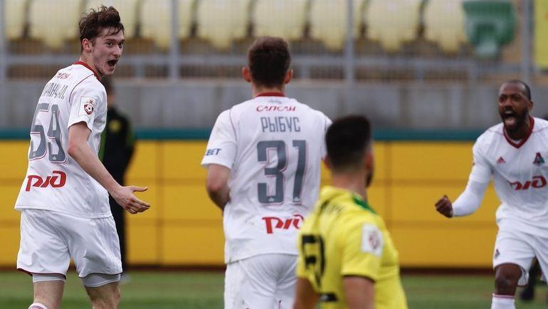 Лидер чемпионата Российской Федерации «Локомотив» обыграл «Анжи»