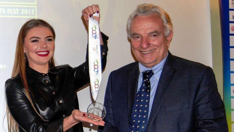 Олимпийская чемпионка Алина КАБАЕВА и президент Ассоциации международных федераций олимпийских летних видов спорта Франческо РИЧЧИ-БИТТИ.