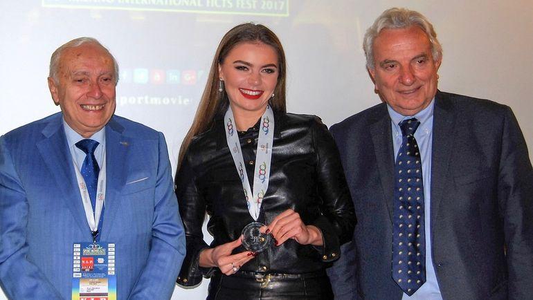 Алина КАБАЕВА, президент FICTS, член комиссии МОК по культуре и олимпийскому наследию Франко АСКАНИ (слева) и Франческо РИЧЧИ-БИТТИ.
