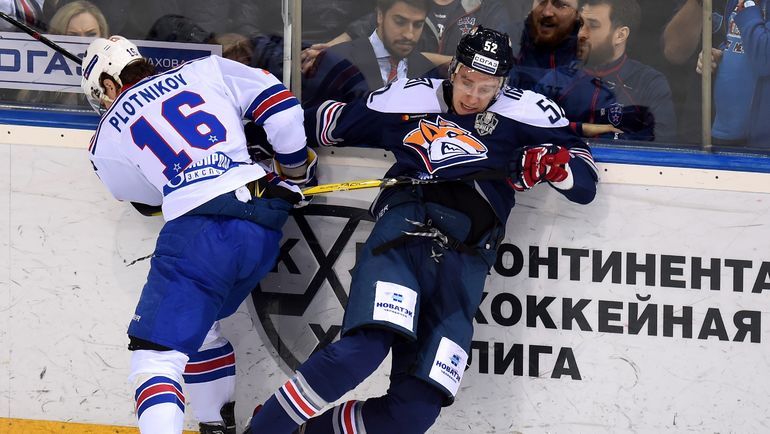Сергей ПЛОТНИКОВ (№16). Фото Юрий КУЗЬМИН, photo.khl.ru