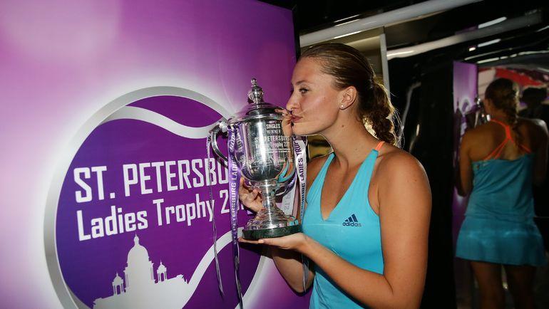 Чемпионка St. Petersburg Ladies Trophy-2017 Кристина МЛАДЕНОВИЧ. Фото wta.formulatx.com
