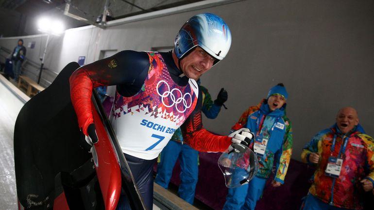 Теперь и Альберт ДЕМЧЕНКО лишился двух серебряных медалей Сочи-2014 и был пожизненно отстранен от Олимпиад. Фото ТАСС